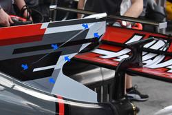 Haas F1 Team VF-17, sirip hiu