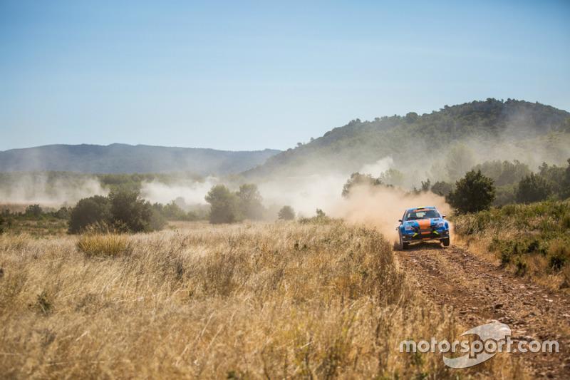 Toyota Etios R4