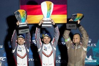 1. GTE-Pro: #91 Porsche GT Team Porsche 911 RSR: Richard Lietz, Gianmaria Bruni