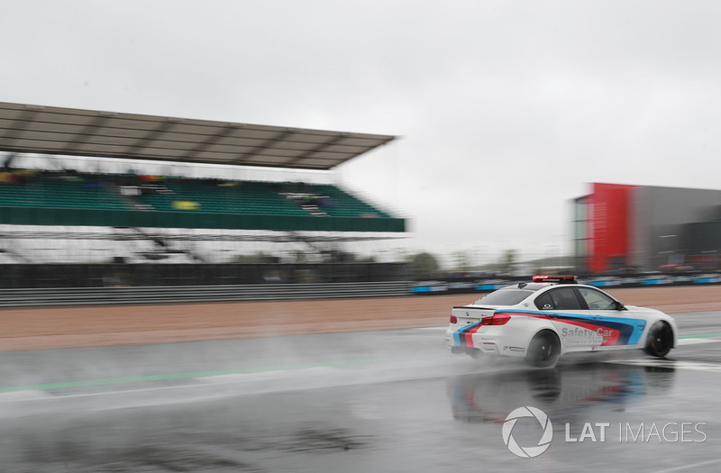 Le Safety car non plus