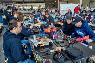 RC-Cars und Modellbauer in der ring°arena auf der ADAC SimRacing Expo