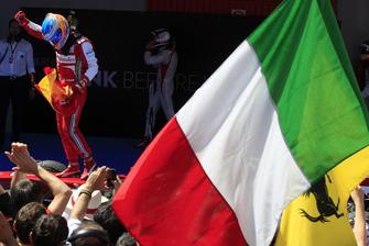 Fernando Alonso, Ferrari celebrates victory in Parc