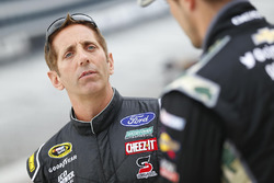 Greg Biffle, Roush Fenway Racing Ford, Casey Mears, Germain Racing Chevrolet