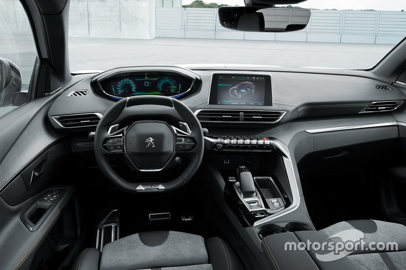 Peugeot 3008 з двигуном Plug-in Hybrid