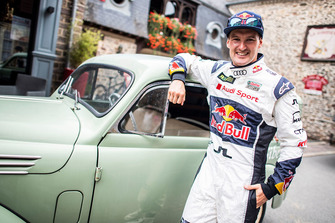 Andreas Bakkerud, EKS Audi Sport with a vintage car