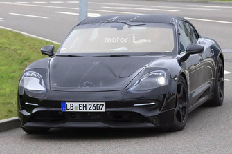 Porsche Taycan spy photo