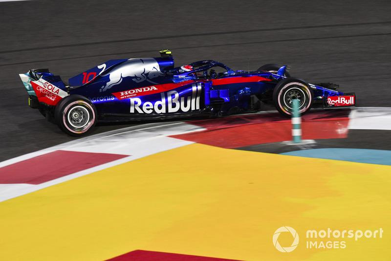 17: Пьер Гасли, Toro Rosso STR13 – 1:38.166