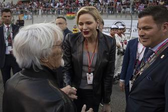 La principessa Charlene di Monaco, Charlene Wittstock, in griglia di partenza con Bernie Ecclestone