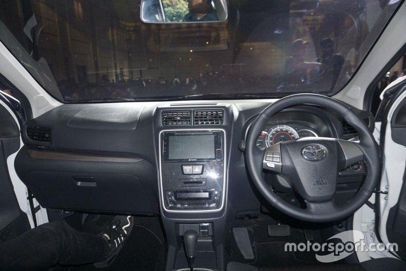 Kemudi Toyota New Veloz