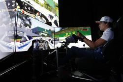 Lance Stroll, Williams dans un simulateur