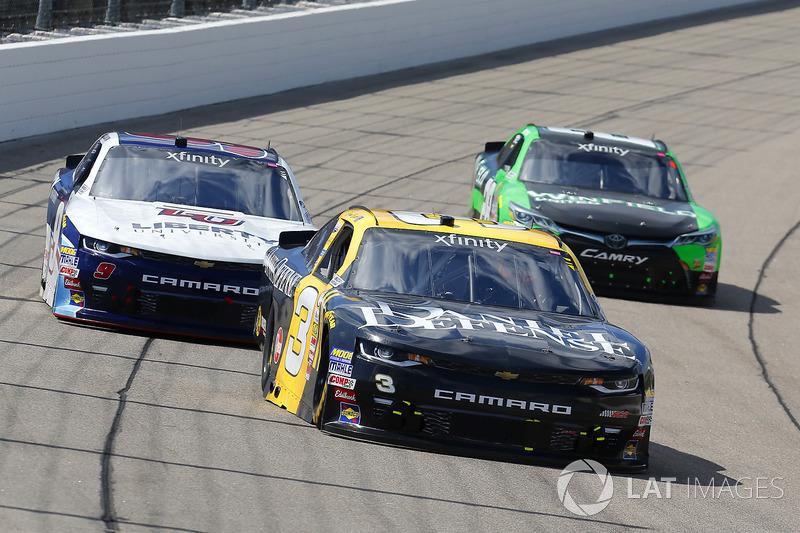 Brian Scott, Daniel Defense Chevrolet Camaro and William Byron, JR Motorsports Chevrolet