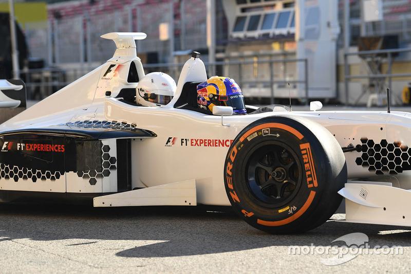 Двухместный автомобиль F1 Experiences