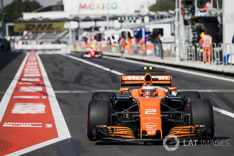 19º Stoffel Vandoorne, McLaren MCL32 (sancionado con 35 posiciones)