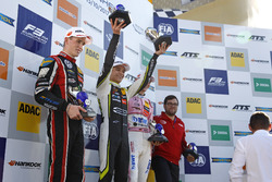 Champion Podium: Champion Lando Norris, Carlin Dallara F317 - Volkswagen, second Joel Eriksson, Moto