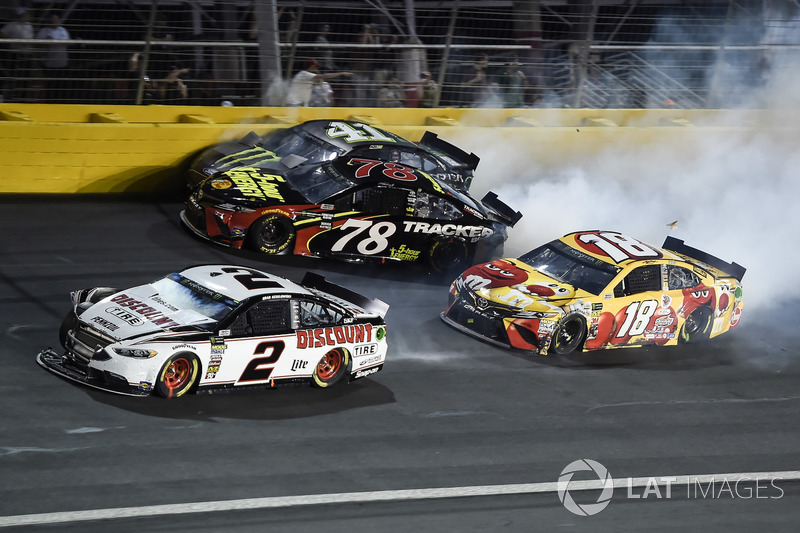 Brad Keselowski, Team Penske, Ford Fusion Discount Tire, Martin Truex Jr., Furniture Row Racing, Toyota Camry 5-hour ENERGY/Bass Pro Shops, Kurt Busch, Stewart-Haas Racing, Ford Fusion Monster Energy, Kyle Busch, Joe Gibbs Racing, Toyota Camry M&M's M&M's Red Nose Day, wreck in turn 4