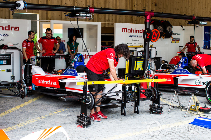 Garage of Felix Rosenqvist, Mahindra Racing, Nick Heidfeld, Mahindra Racing