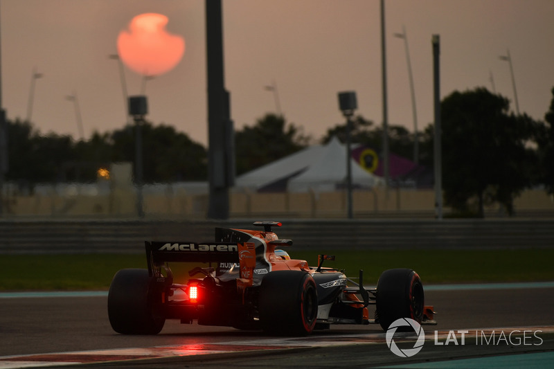 8. Фернандо Алонсо (Формула 1, Інді-500) - 76 балів
