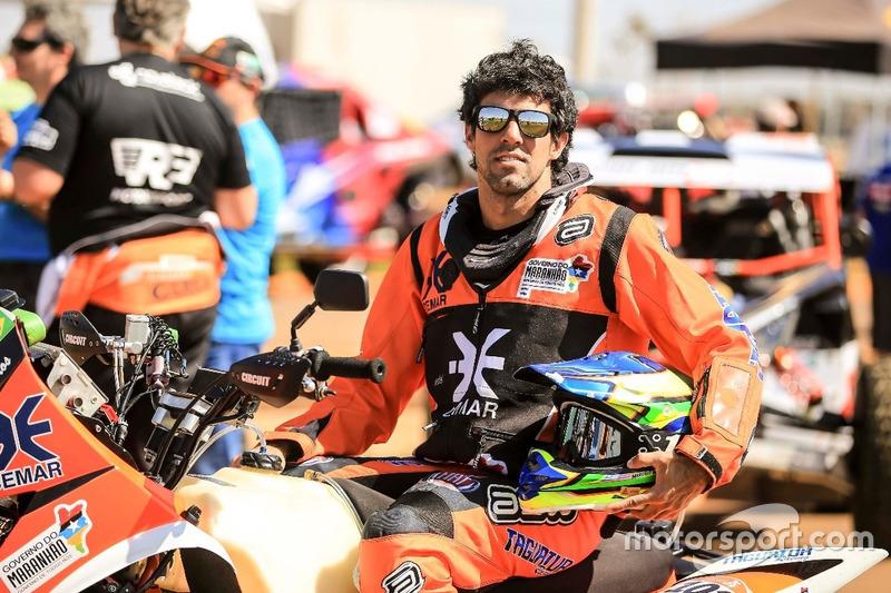 Na competição de quadriciclos, Marcelo Medeiros virá com o número #282, a bordo de seu Yamaha.