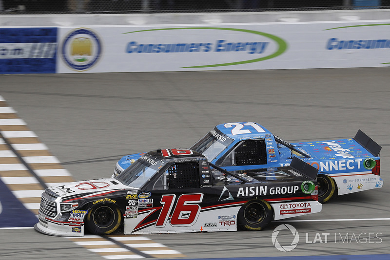 3. Brett Moffitt vs. Johnny Sauter - 0.025