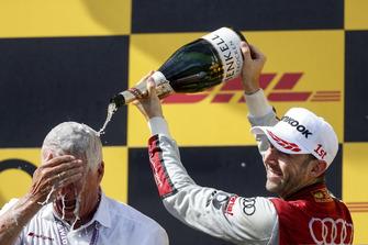 Podium: Racewinnaar René Rast, Audi Sport Team Rosberg