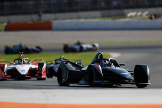 Jose Maria Lopez, Dragon Racing, Pascal Wehrlein, Mahindra Racing, M5 Electro