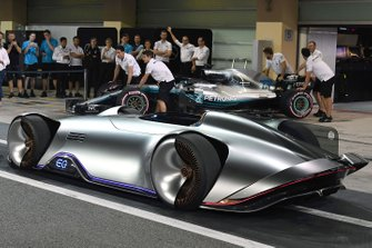 Mercedes-Benz, EQ Silver Arrow concept car