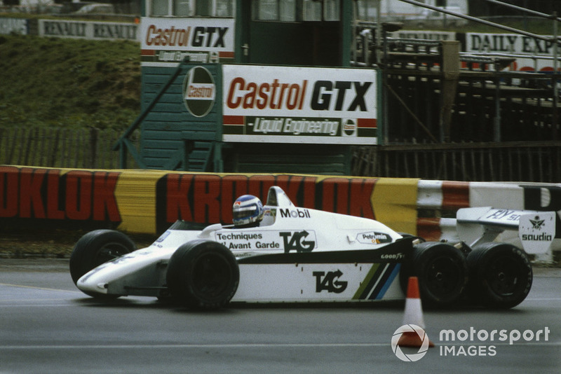 Keke Rosberg, 6-wheel Williams FW08B