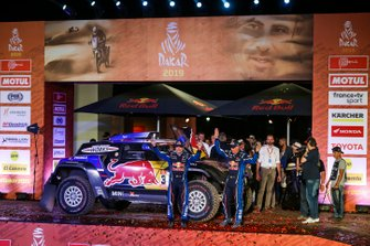 Podium : X-Raid Mini JCW Team: Carlos Sainz, Lucas Cruz
