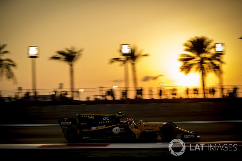 12. Carlos Sainz Jr., Renault Sport F1 Team RS17