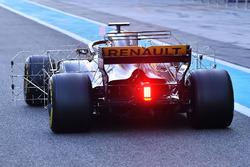 Carlos Sainz Jr., Renault Sport F1 Team RS17, con sensores aerodinámicos