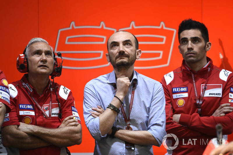 Давіде Тардоцці, менеджер Ducati Team, Клаудіо Доменікалі, виконавчий директор Ducati, Мікеле Пірро, Ducati Team