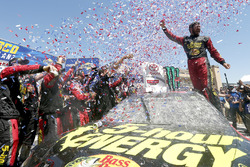 Race winner Martin Truex Jr., Furniture Row Racing, Toyota Camry 5-hour ENERGY/Bass Pro Shops