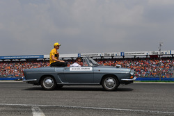 Nico Hulkenberg, Renault Sport F1 Team, on the drivers parade