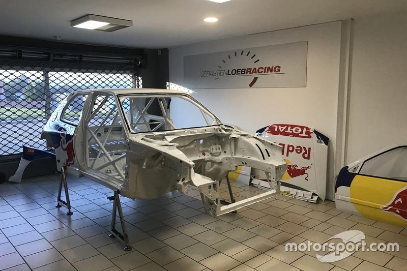 Sébastien Loeb Racing Peugeot 306 Maxi rebuilding