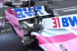 Vue détaillée de l'aileron arrière de la Force India VJM11