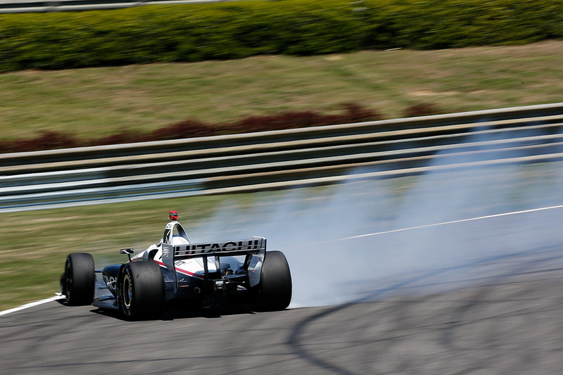 Josef Newgarden, Team Penske Chevrolet en tête-à-queue