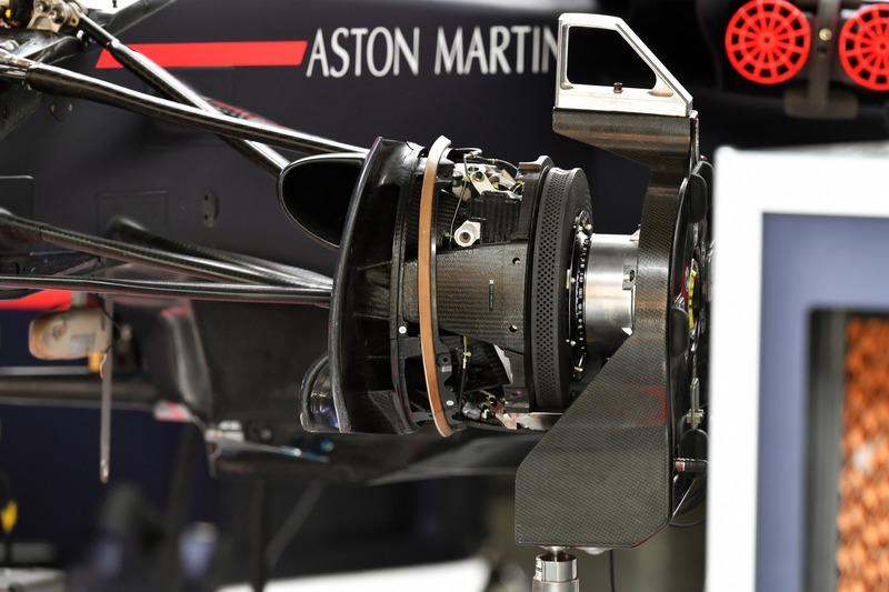 Detail wheel hub Red Bull Racing RB14