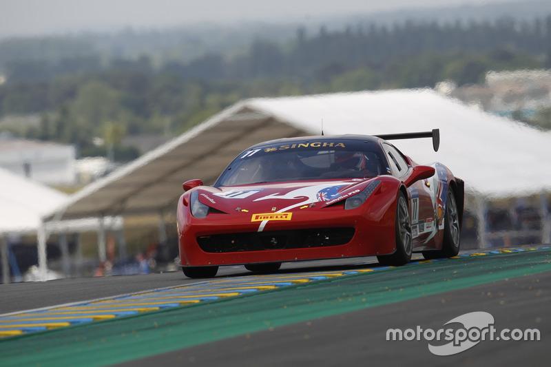 #77 Motor Service Ferrari 458 Challenge Evo: Stephen Wyatt