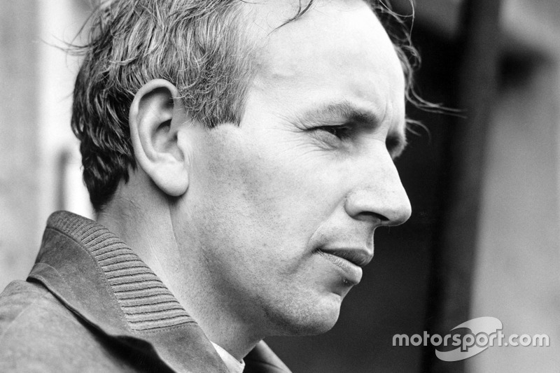"<img class=""ms-flag-img ms-flag-img_s1"" title=""United Kingdom"" src=""https://cdn-0.motorsport.com/static/img/cf/gb-3.svg"" alt=""United Kingdom"" width=""32"" /> John Surtees"