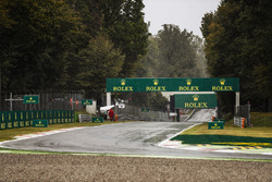 The wet track at the Ascari chacane