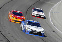 Daniel Suárez, Joe Gibbs Racing Toyota, Kyle Larson, Chip Ganassi Racing Chevrolet and Ryan Blaney, Team Penske Ford