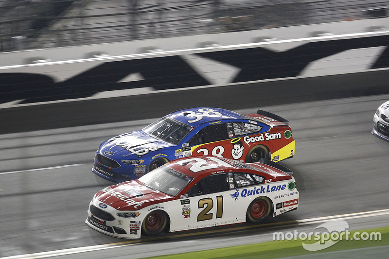 Ryan Blaney, Wood Brothers Racing, Ford; David Ragan, Front Row Motorsports, Ford