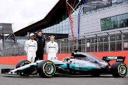 Льюіс Хемілтон, Mercedes AMG F1; керівник Mercedes AMG F1 Тото Вольфф; Валттері Боттас, Mercedes AMG F1, Mercedes AMG F1 W08