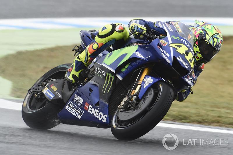 Quem perdeu as chances de título foi Valentino Rossi. O italiano caiu enquanto era o oitavo e não pode mais matematicamente alcançar Márquez neste ano.