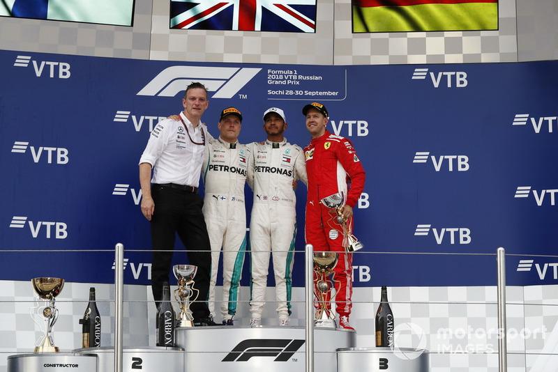 James Allison, Mercedes AMG F1 Technical Director, Valtteri Bottas, Mercedes AMG F1, Lewis Hamilton, Mercedes AMG F1 and Sebastian Vettel, Ferrari on the podium