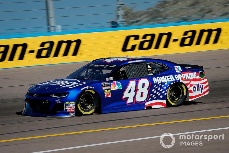 20. Jimmie Johnson, Hendrick Motorsports, Chevrolet Camaro Lowe's Power of Pride