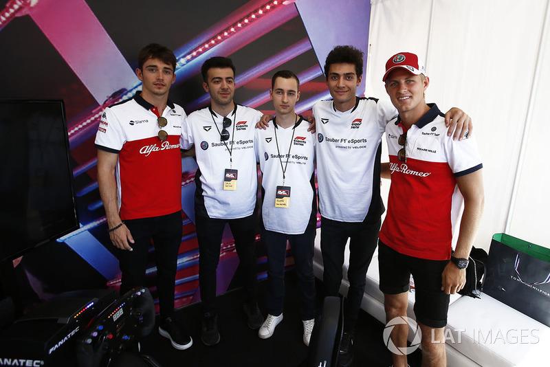 Charles Leclerc, Sauber e Marcus Ericsson, Sauber with eSports drivers