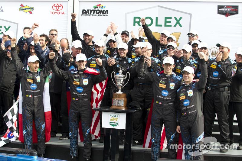Winnaar #10 Wayne Taylor Racing Cadillac DPi: Ricky Taylor, Jordan Taylor, Max Angelelli, Jeff Gordon