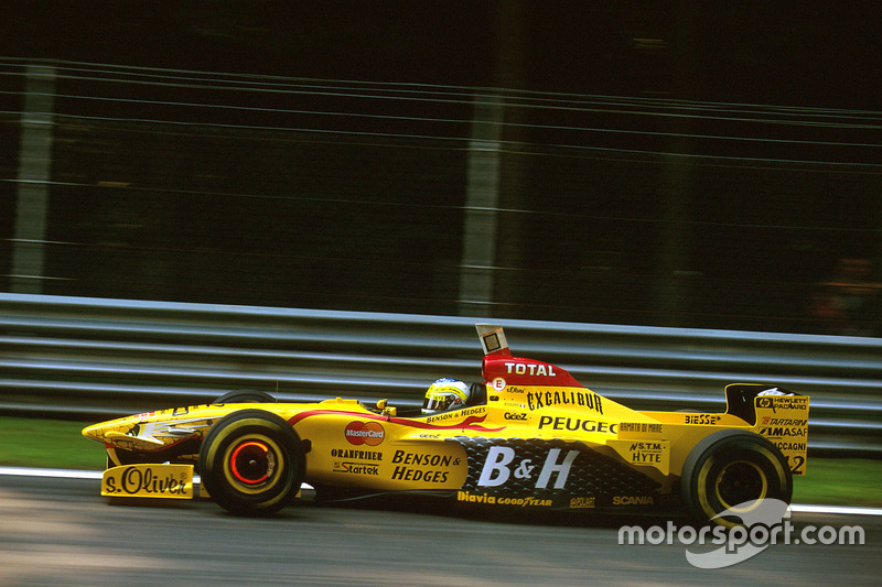 Джанкарло Физикелла (в Ф1 – 1996-2009, 231 Гран При, три победы, 275 очков)