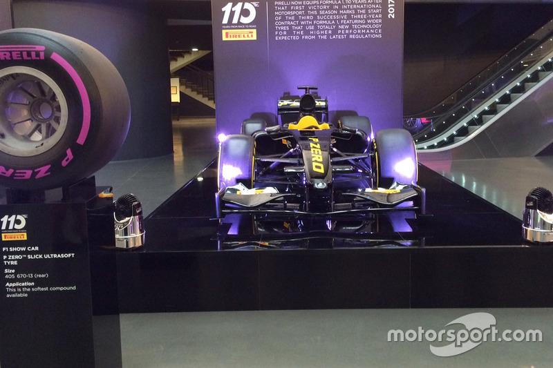 Formel-1-Auto von Pirelli